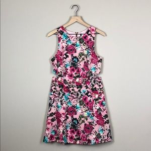 Kensie Floral Sleeveless Cutout Dress (Medium)
